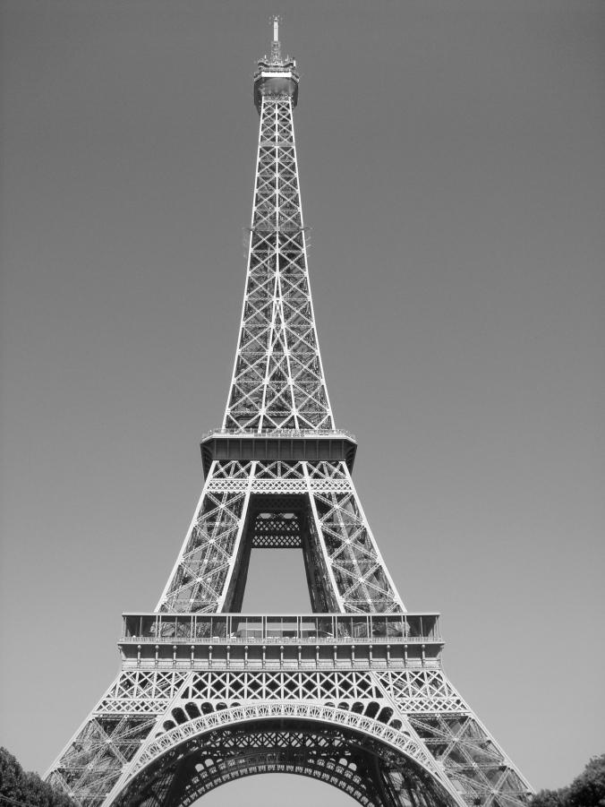 B&W Eiffel Tower